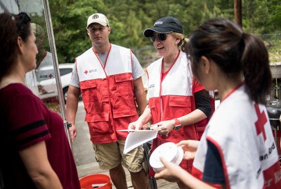 Photo of American Red Cross volunteers